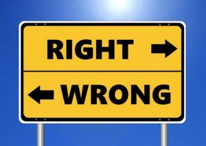 ethics-2991600_960_720-300x212 Czy uczciwość w blogosferze popłaca?